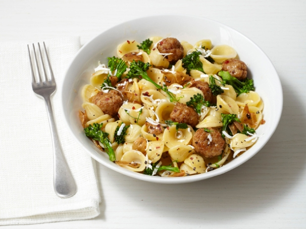 Easy and delicious Pasta and turkey meatballs recipe